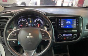 Mitsubishi Outlander 3.0 Gt 4x4 V6 24v - Foto #5