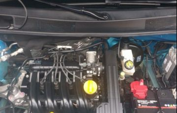 Renault Sandero Authentique 1.0 16V Hi-Flex - Foto #8