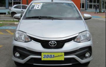 Toyota Etios 1.5 Platinum Sedan 16v - Foto #3