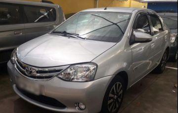 Toyota Etios Sedan Platinum 1.5 16V Flex - Foto #3
