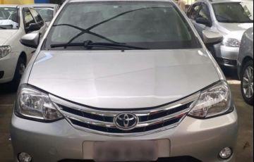 Toyota Etios Sedan Platinum 1.5 16V Flex - Foto #8