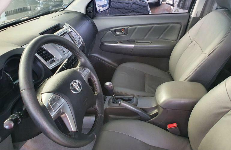 Toyota Hilux 3.0 Srv 4x4 CD 16V Turbo Intercooler - Foto #4