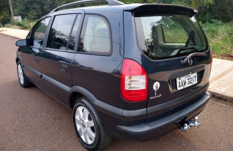 Chevrolet Zafira 2.0 8V - Foto #2