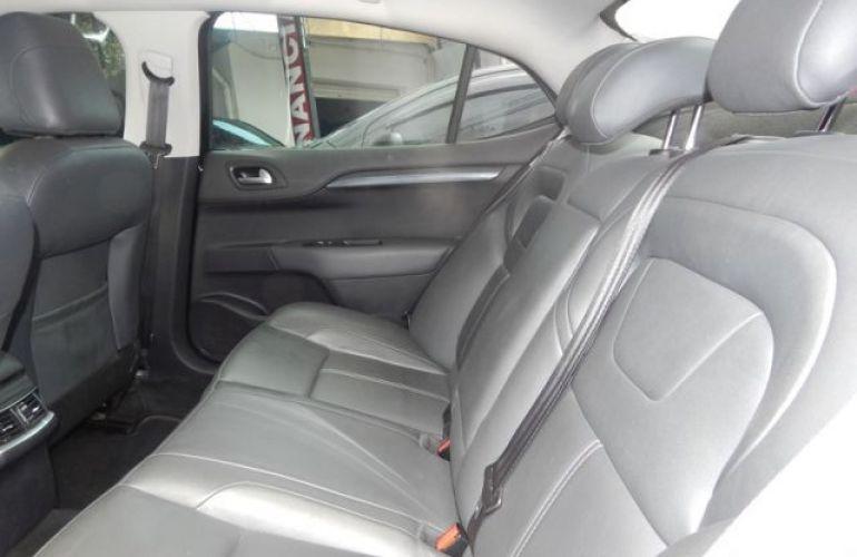 Citroën C4 Lounge Exclusive 1.6i THP 16V 165cv - Foto #4