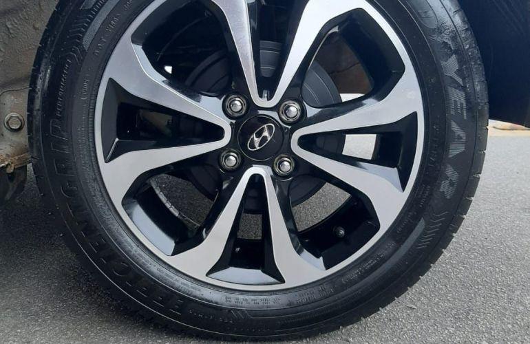 Ford Fiesta 1.6 MPi Class Hatch 8v - Foto #8