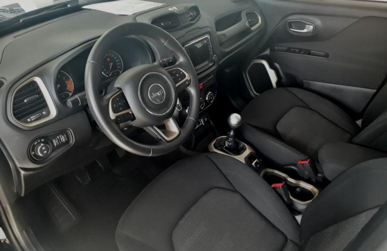 Jeep Renegade Sport 1.8 (Flex) - Foto #6