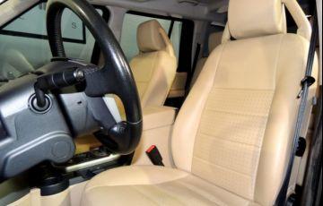 Land Rover Discovery 3 SE 4X4 2.7 Turbo V6 24V - Foto #7