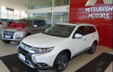Mitsubishi Outlander HPE-S 3.0 AWD - Foto #1