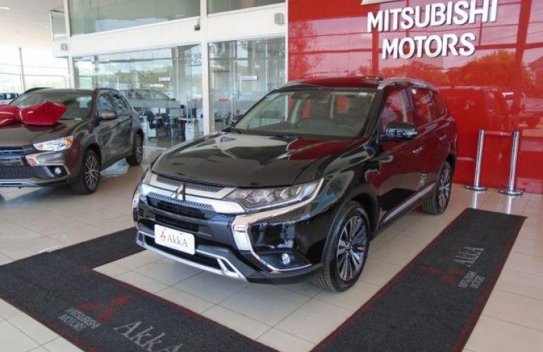 Mitsubishi Outlander HPE-S 3.0 AWD - Foto #4