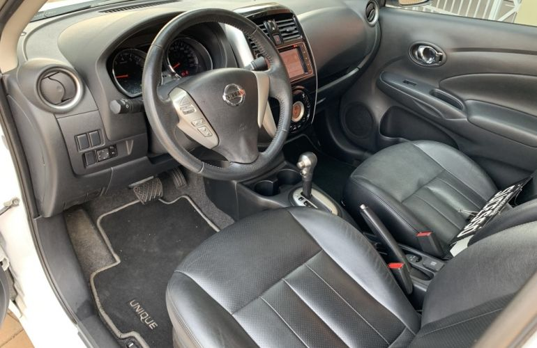 Nissan Versa 1.6 16V Unique CVT (Flex) - Foto #6