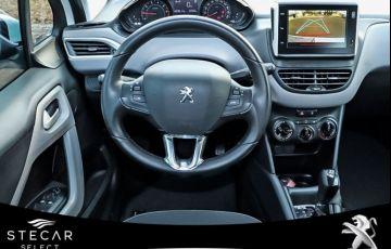 Peugeot 208 1.6 Active Pack 16v - Foto #6