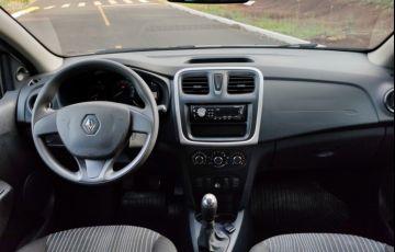 Renault Logan Authentique 1.0 12V SCe (Flex) - Foto #7