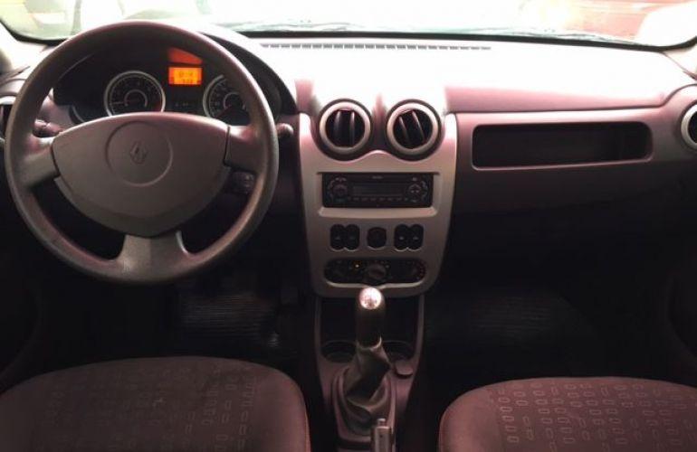 Renault Sandero Vibe 1.6 8V Hi-Torque - Foto #6