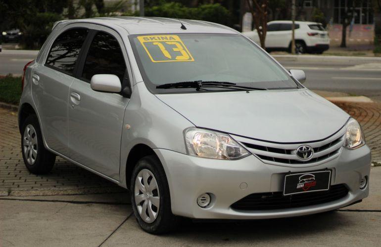 Toyota Etios 1.3 Xs 16v - Foto #1