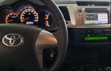 Toyota Hilux 3.0 Srv 4x4 CD 16V Turbo Intercooler - Foto #6