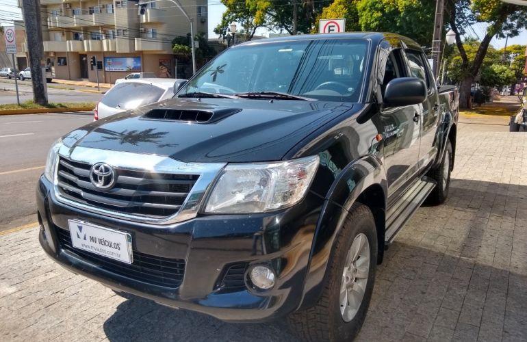Toyota Hilux 3.0 TDI 4x4 CD SR (Aut) - Foto #3