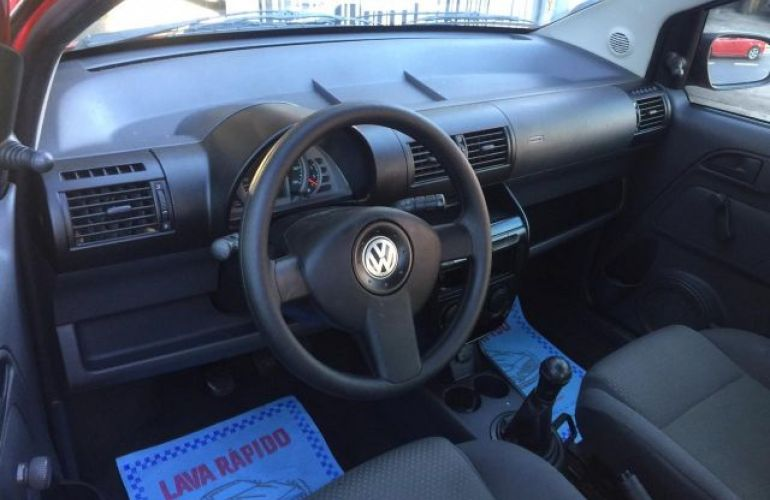 Volkswagen Fox City 1.0 Mi 8V Total Flex - Foto #5