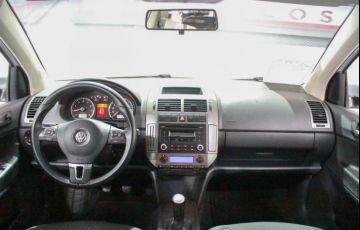 Volkswagen Polo Sedan Comfortline 1.6 8V - Foto #9