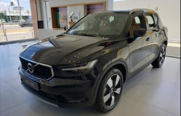 Volvo XC40 2.0 T4 Momentum AWD Geartronic - Foto #1
