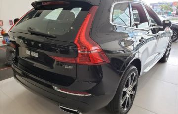 Volvo XC60 2.0 T8 Hybrid Inscription AWD Geartronic - Foto #4