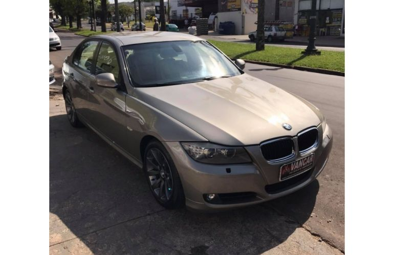 BMW 320i 2.0 Plus (Aut) - Foto #1