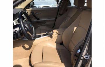 BMW 320i 2.0 Plus (Aut) - Foto #10
