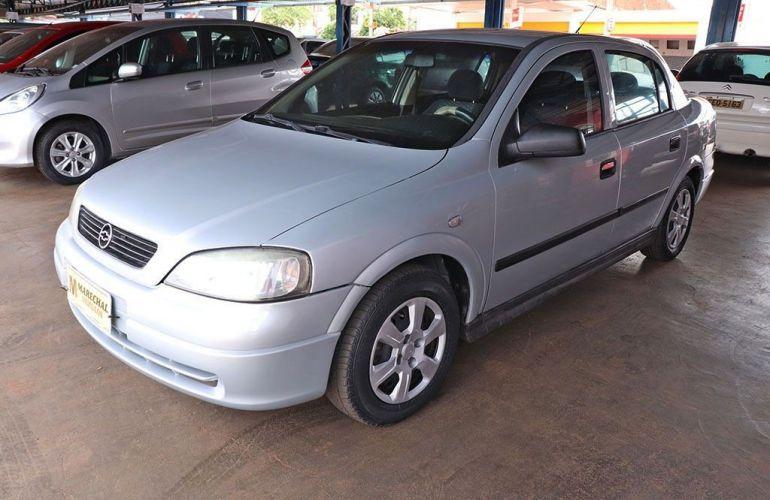 Chevrolet Astra 1.8 MPFi GL Sedan 8v - Foto #3