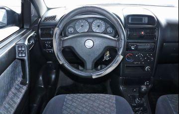 Chevrolet Astra 1.8 MPFi GL Sedan 8v - Foto #6