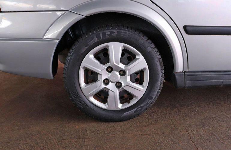 Chevrolet Astra 1.8 MPFi GL Sedan 8v - Foto #8