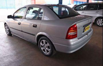 Chevrolet Astra 1.8 MPFi GL Sedan 8v - Foto #10