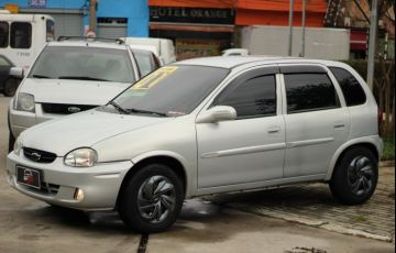 Chevrolet Corsa 1.0 Mpf Wind 8v - Foto #2