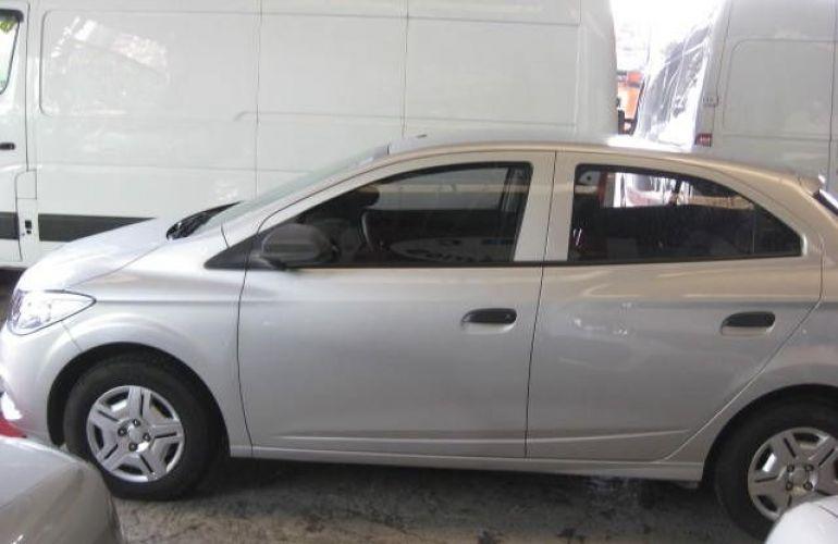 Chevrolet Onix LS 1.0 MPFI 8V - Foto #4