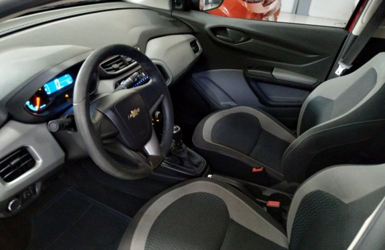 Chevrolet Onix 1.0 LT (Flex) - Foto #8
