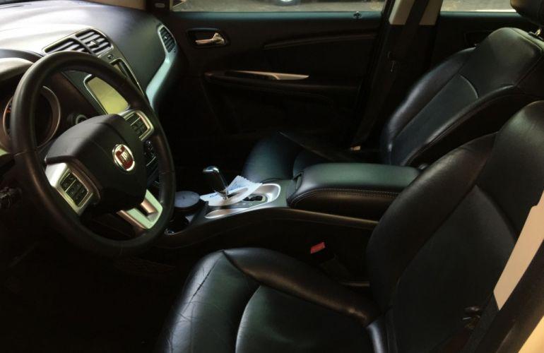 Fiat Freemont 2.4 16V Precision (Aut) - Foto #10