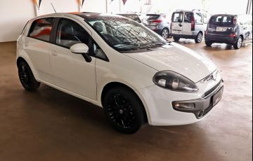 Fiat Punto 1.6 Essence 16v - Foto #9