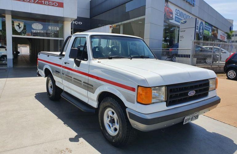Ford F1000 Super 3.9 (Cab Simples) - Foto #1