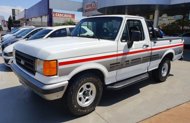 Ford F1000 Super 3.9 (Cab Simples) - Foto #3