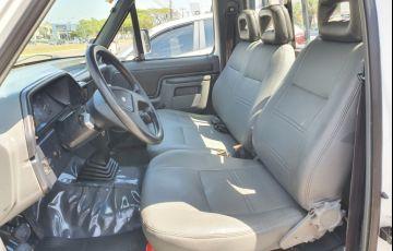 Ford F1000 Super 3.9 (Cab Simples) - Foto #5