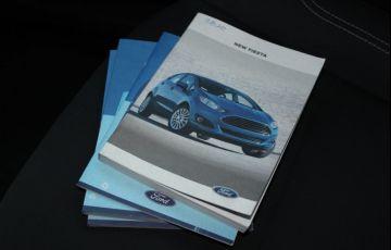 Ford Fiesta 1.5 SE Hatch 16v - Foto #8