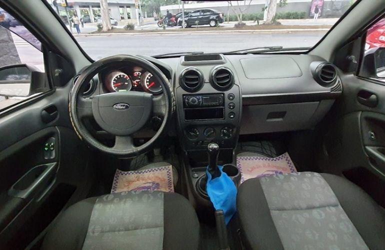 Ford Fiesta 1.0 Rocam Hatch 8v - Foto #7
