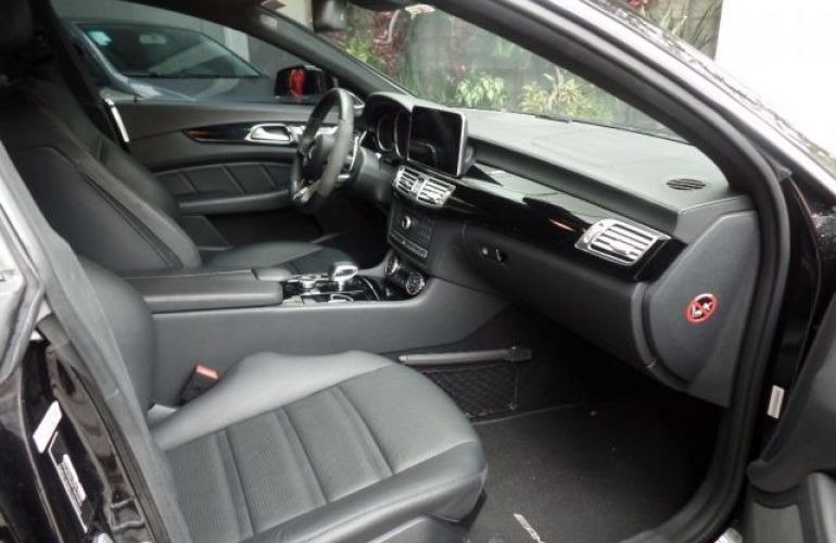 Mercedes-Benz CLS 63 AMG 5.5 V8 - Foto #7