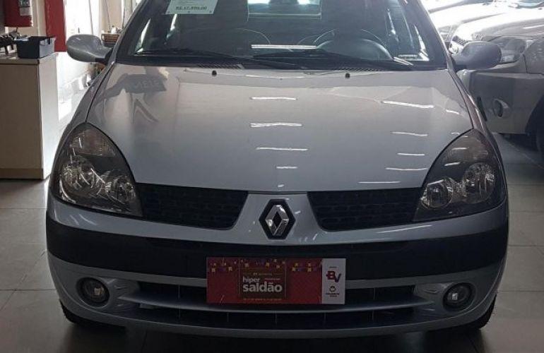 Renault Clio Sedan Privilége 1.6 16V Hi-Flex - Foto #1