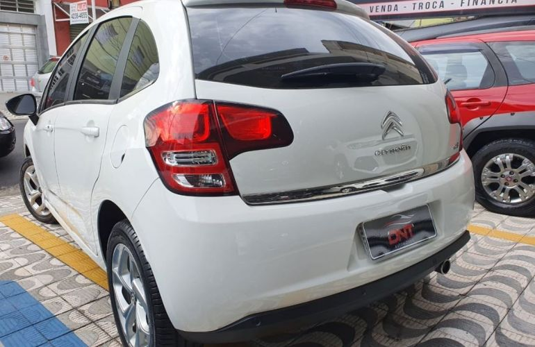 Citroën C3 1.6 Exclusive 16v - Foto #4