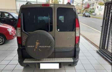 Fiat Doblo 1.8 MPi Adventure Locker 8v - Foto #5