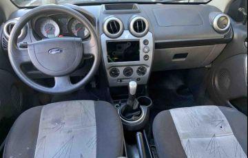 Ford Fiesta 1.0 MPi Class Hatch 8v - Foto #6