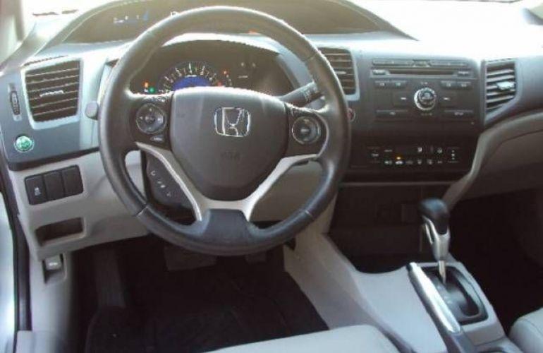 Honda Civic 2.0 LXR 16v - Foto #5