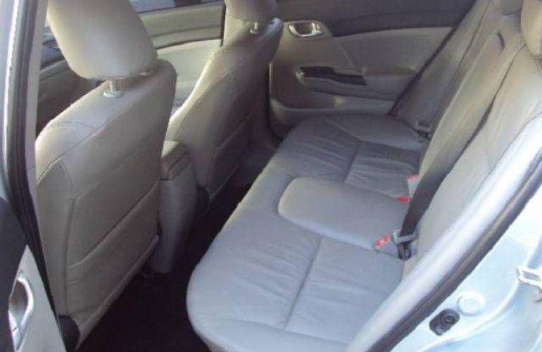 Honda Civic 2.0 LXR 16v - Foto #7
