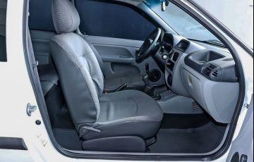 Renault Clio 1.0 Authentique 16V Hi-flex - Foto #4