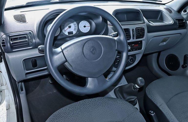 Renault Clio 1.0 Authentique 16V Hi-flex - Foto #6