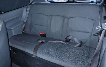 Renault Clio 1.0 Authentique 16V Hi-flex - Foto #8